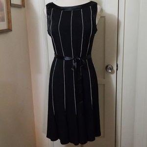 SANDRA DARREN black white fit flare belted dress